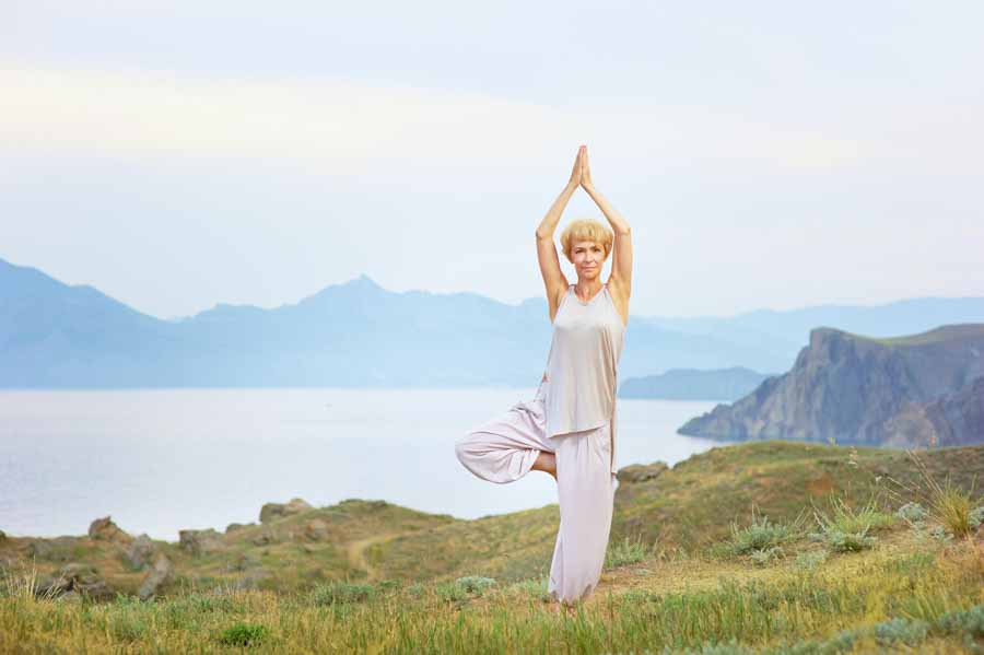 Stretch Mark Free! 12 Restorative Essential Oils for Stretch Marks
